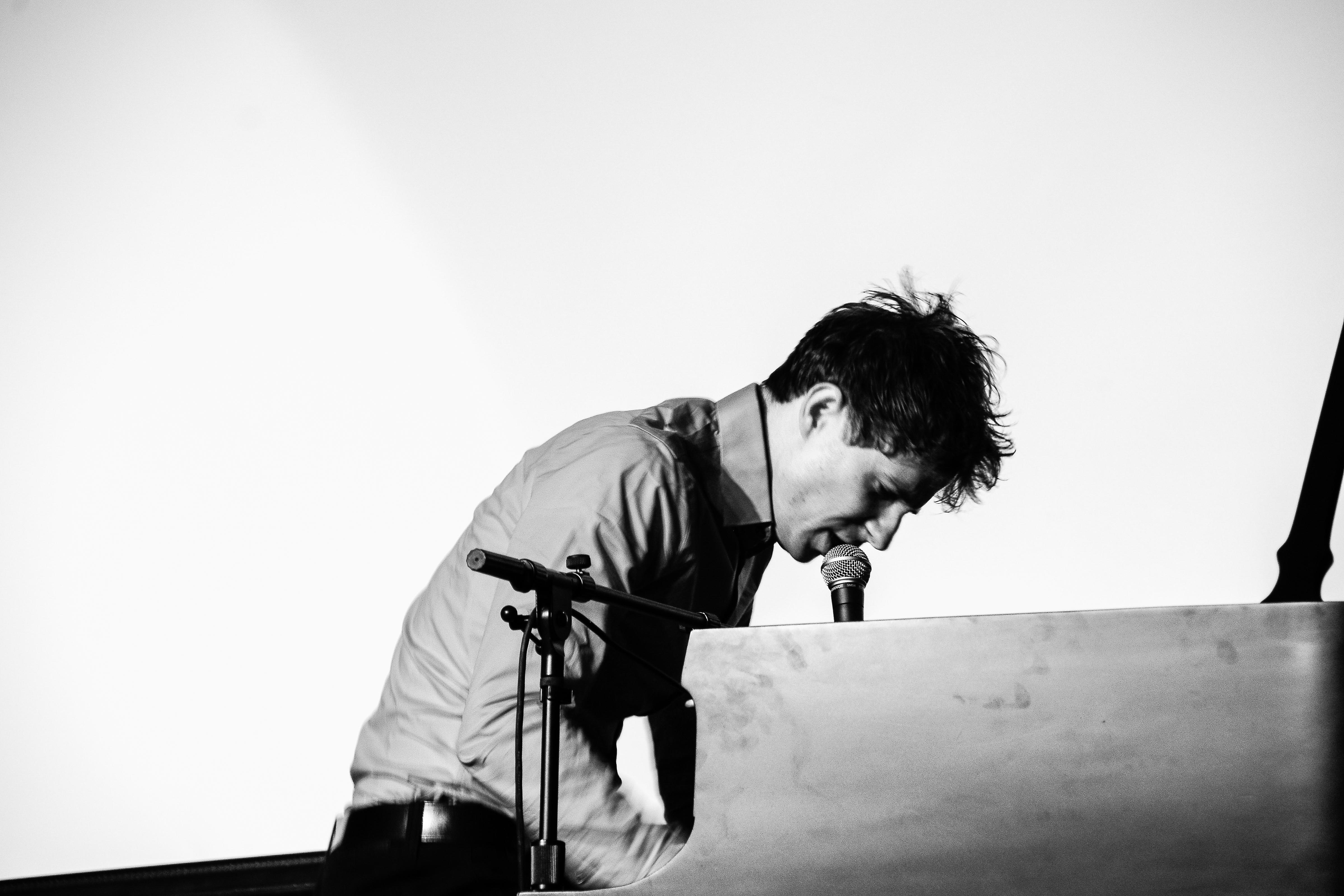 Piano with Jason Farnham - School Time Presentation